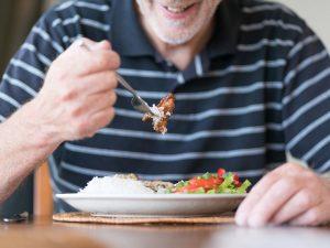 La Intervención de la Disfagia en la Persona Adulta Mayor